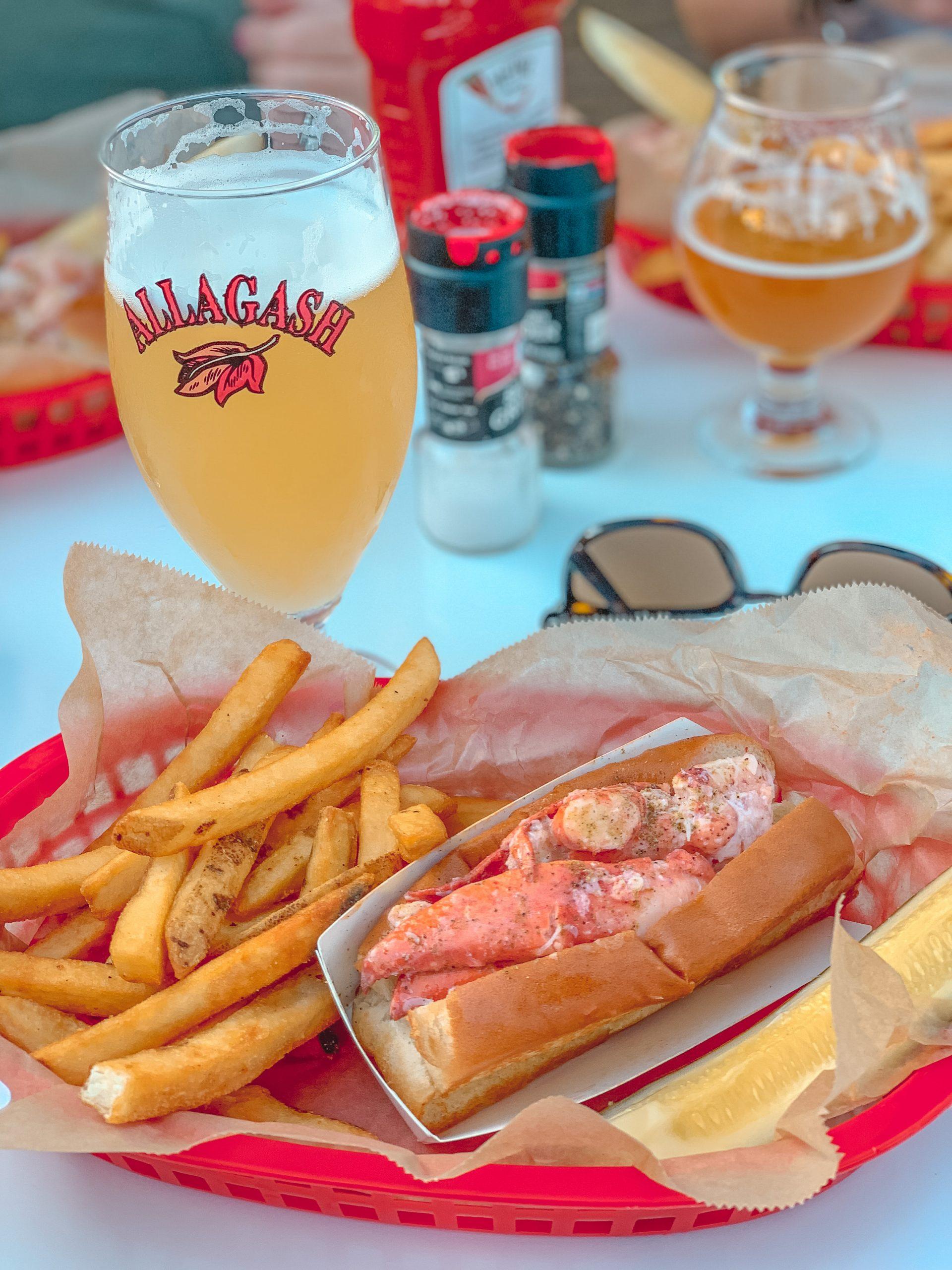 Luke's Lobster Lobster Roll