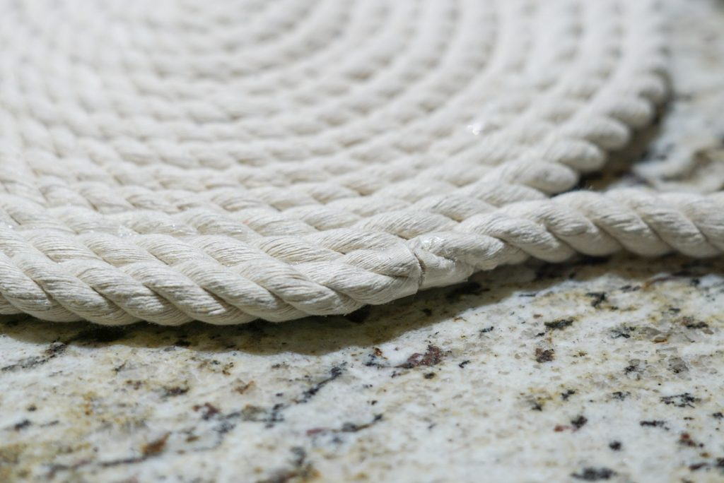 edge of rope mat