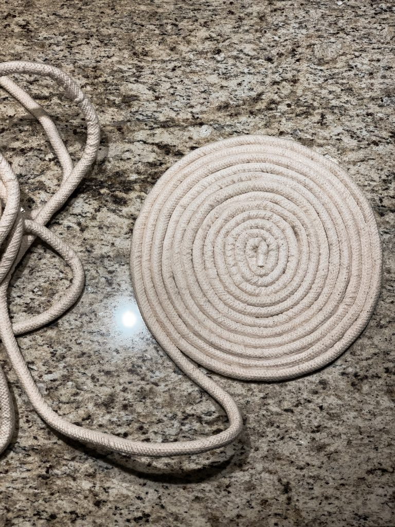 DIY rope basket coiling the bottom